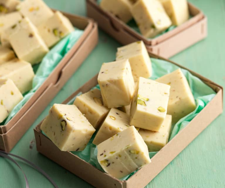 Irish Cream and Pistachio Fudge