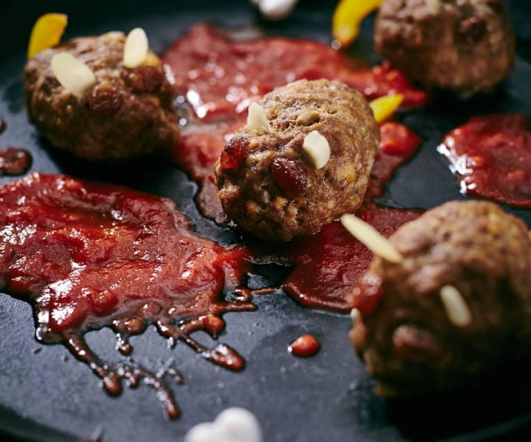 Mäuse-Frikadellen mit Tomatensauce
