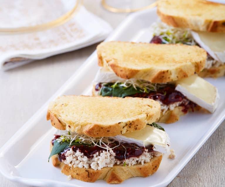 Sandwich de pavo y frambuesa al chipotle