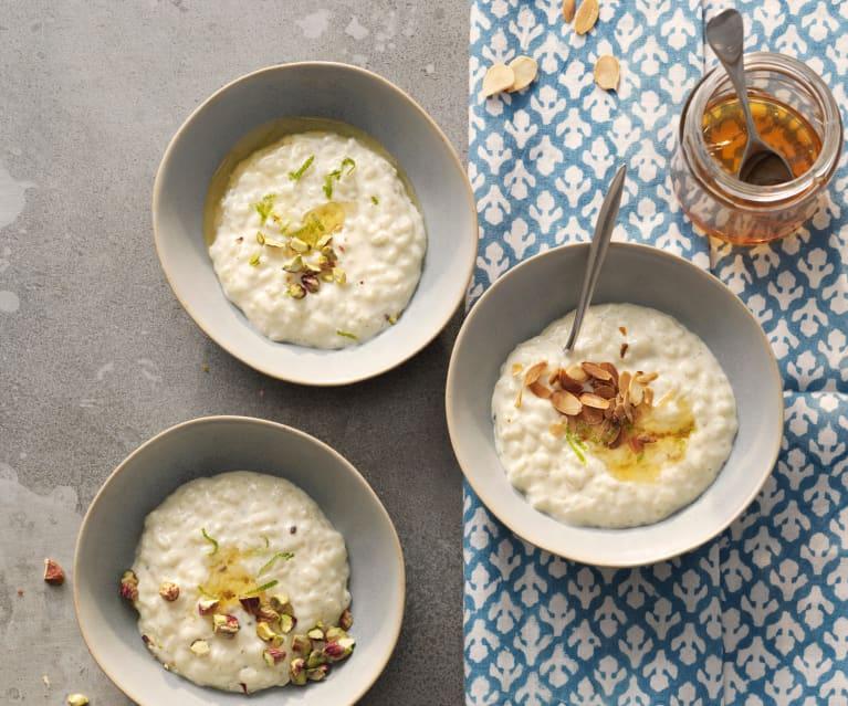 Arroz con leche, agua de rosas y pistachos (Sheer berenj) - Irán