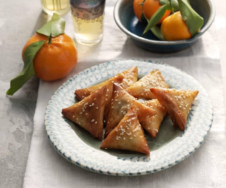 Mandel-Taschen mit Honig und Sesam