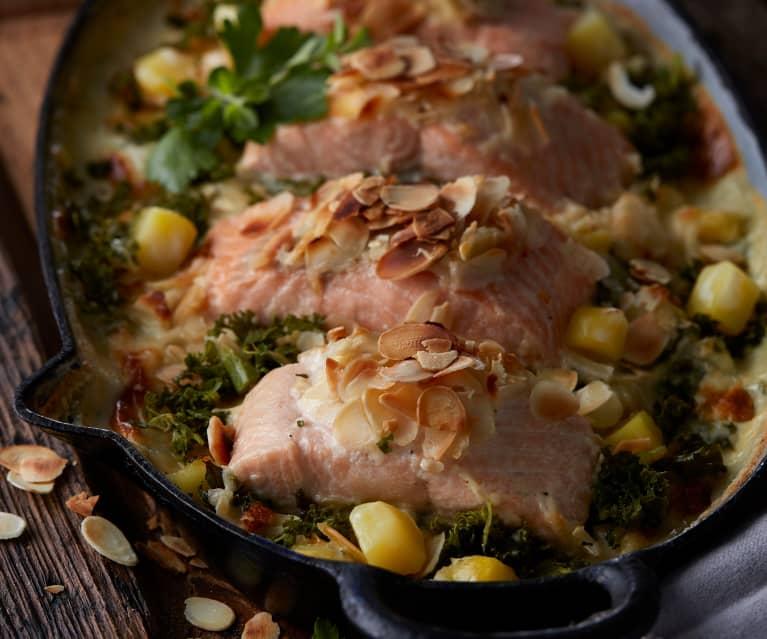 Grünkohl-Kartoffel-Gratin mit Lachs