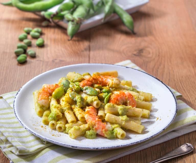 Pasta con fave e mazzancolle al curry