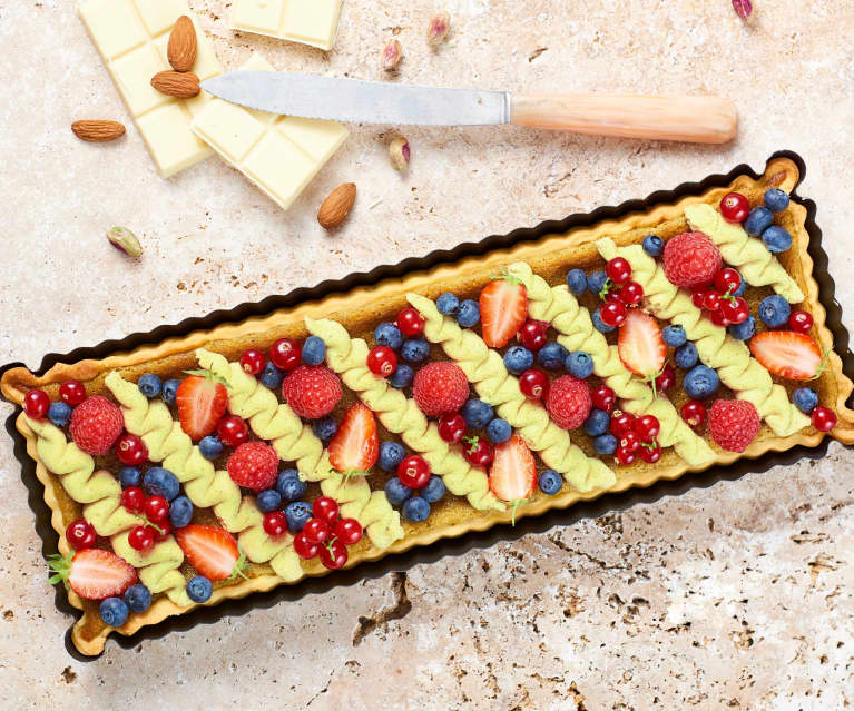 Délice d'été aux fruits rouges et à la pistache