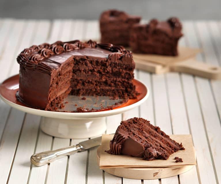 Tarta de chocolate con bizcocho de zanahoria y piña