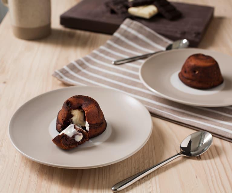 Volcán de chocolate relleno de chocolate blanco