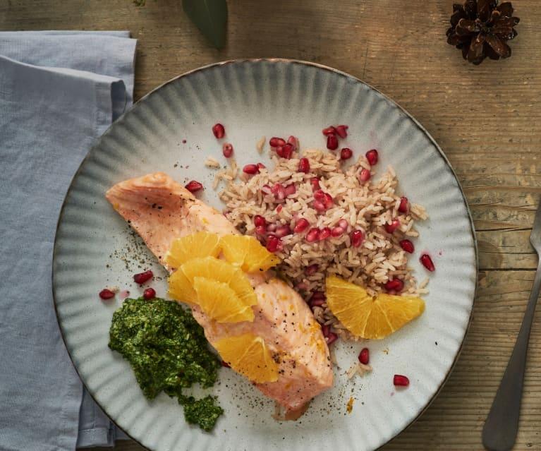 Lachsfilets mit Zimt-Granatapfelreis und Nüsslisalat-Pesto