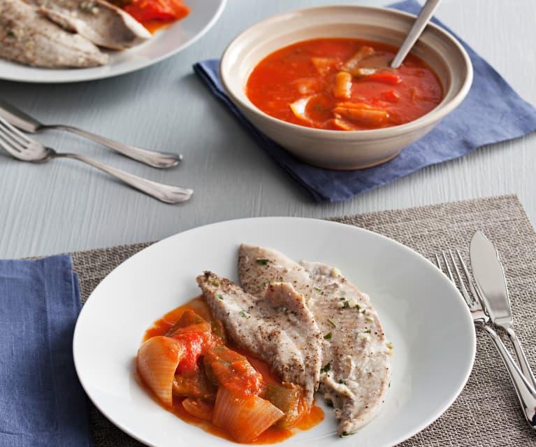 Palometa con salsa de tomate y pimientos