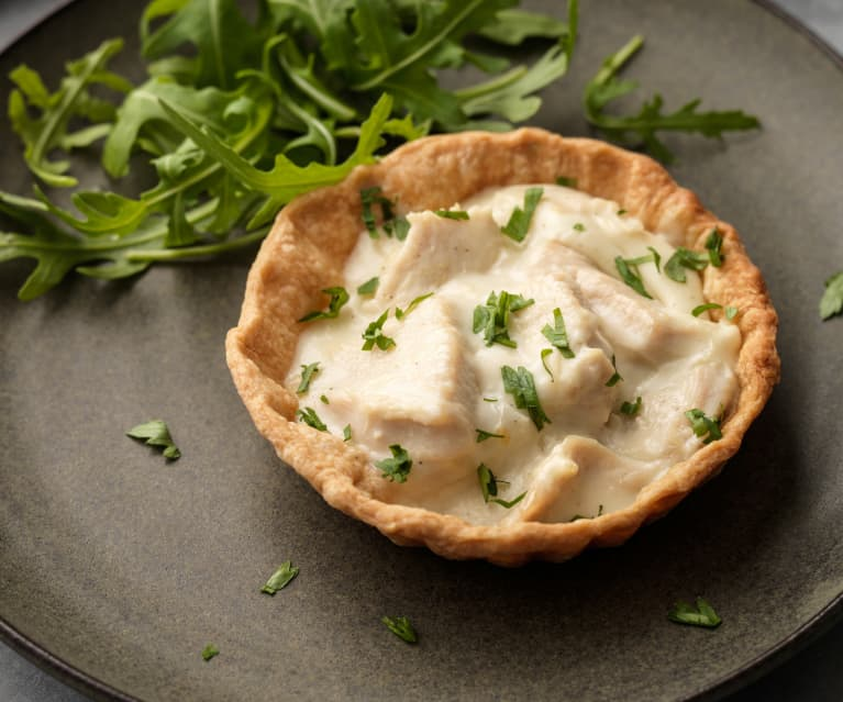 Nordic Chicken and Asparagus Tartlets
