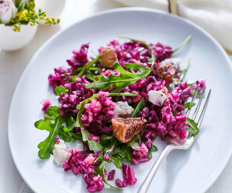 Rotkohlsalat mit Feigen und Gorgonzola
