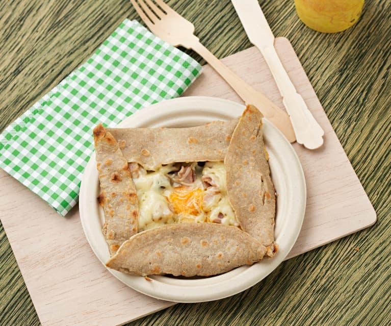 Galette bretona con beicon, champiñones y huevo