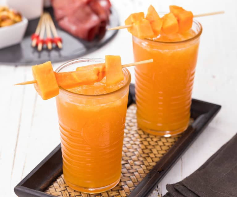 Aperitivo alcolico alla papaya