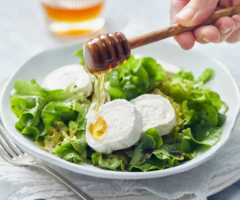 Salat mit Ziegenkäse und Löwenzahnhonigdressing