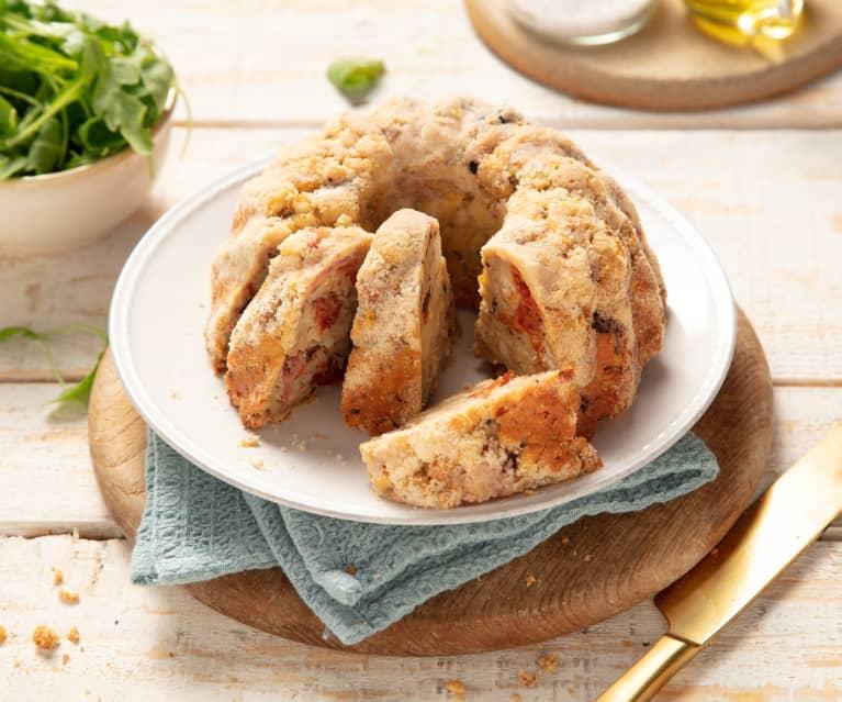 Knödelgugelhupf mit Schinken, Tomaten und Oliven