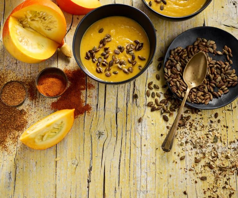 Creme de abóbora assada com sementes torradas