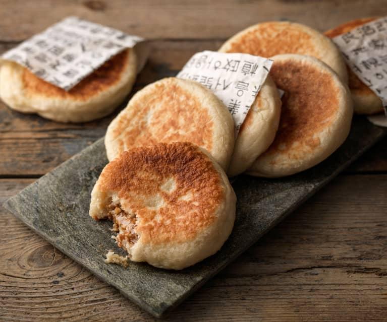 Hotteok (Sweet Filled Pancakes)