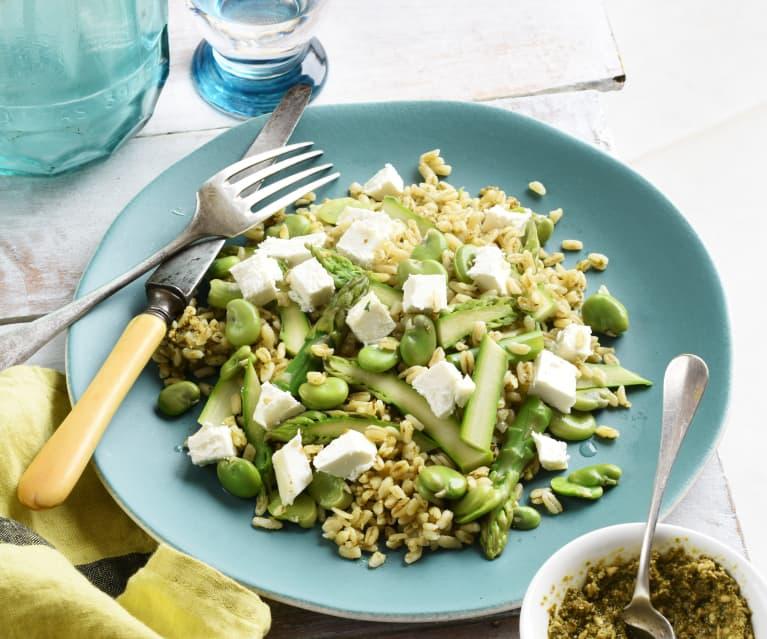 Salade de blé printanière au chèvre et au pesto