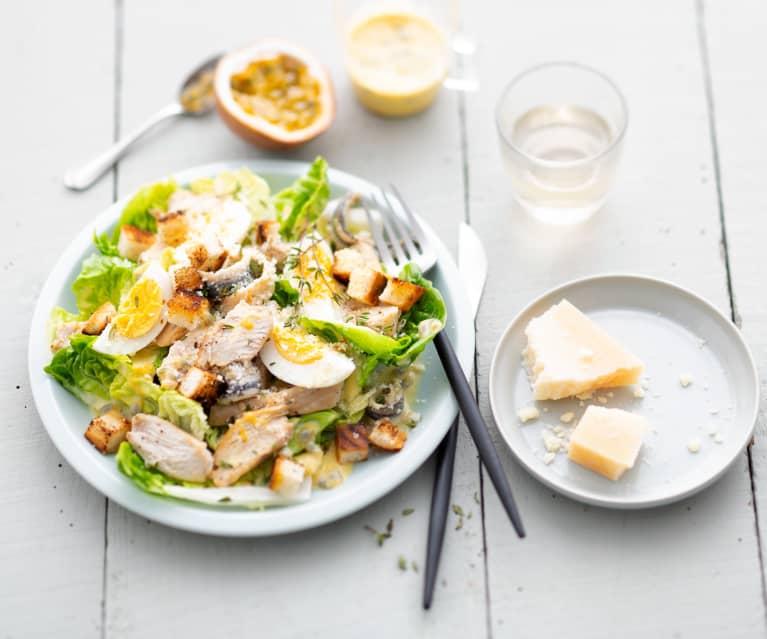 Salade César au poulet et fruits de la Passion