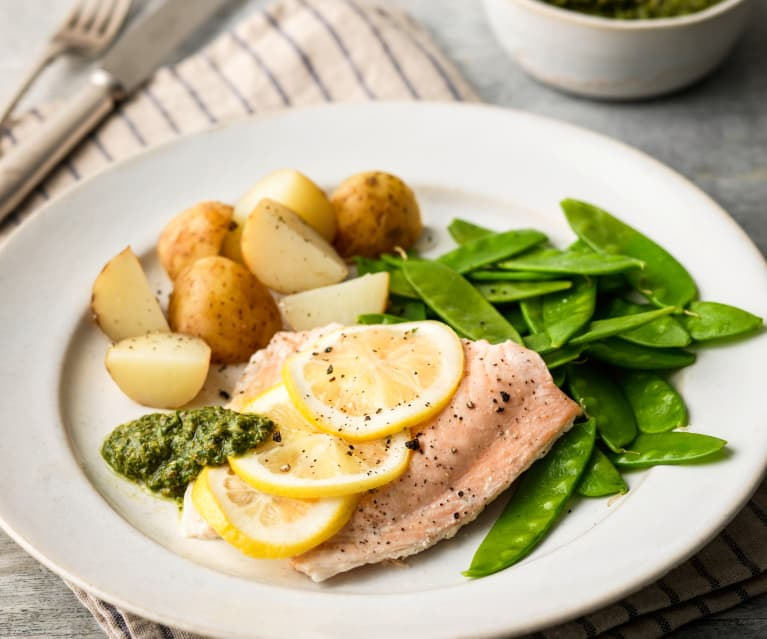 Salmon Fillets with Salsa Verde