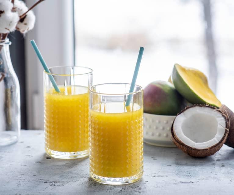 Koktajl z mango i imbirem na wodzie kokosowej