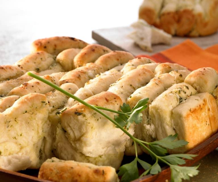 Skládaný bylinkový chléb
