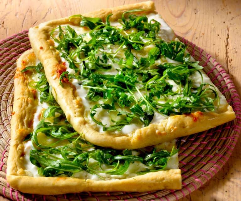 Ricetta Pizza Bianca.Pizza Bianca Alla Rucola Cookidoo La Nostra Piattaforma Ufficiale Di Ricette Per Bimby