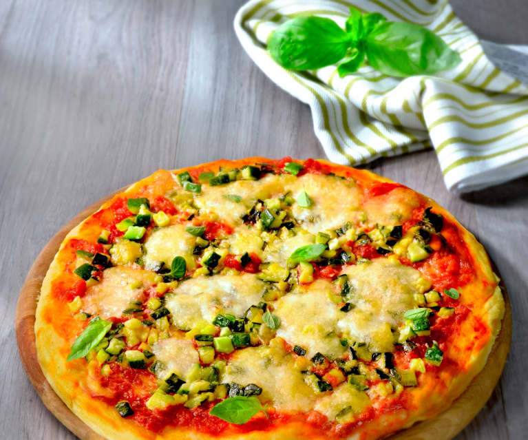Pizza with Courgettes
